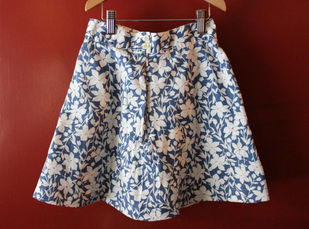 Pleat Skirt Back